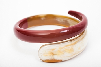 Picture of SNAKE HORN BRACELET RED