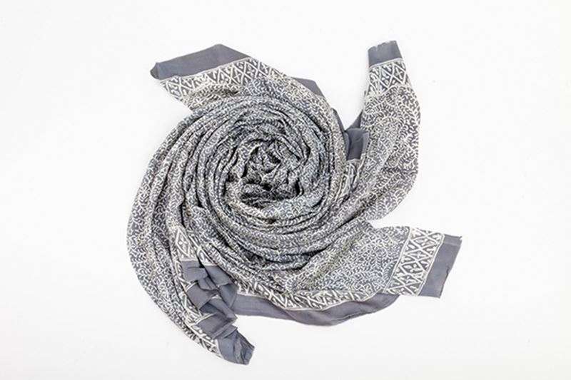 Picture of XL SILK SCARF GREY 2