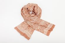 Picture of XL SILK SCARF BROWN 1