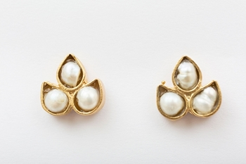 Picture of LIS EARRING PEARL