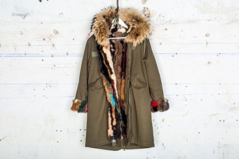 Picture of MULTICOLORED RABBIT MILITARY PARKA & NATURAL FOX