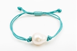 Picture of SINGLE PEARL BRACELET BLUE