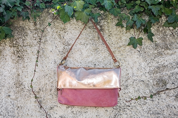 Picture of METALIC BAG PINK