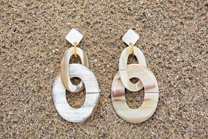 Picture of ESLABON EARRING NATURAL