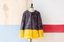 Picture of LAMB COAT GREY&YELLOW - SIZE L