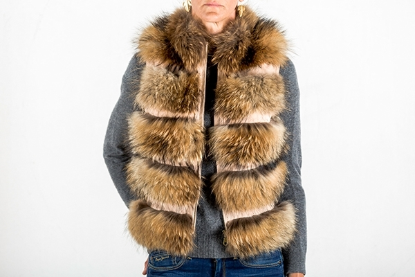 Picture of NATURAL FOX VEST - M