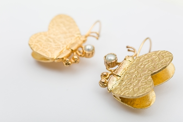 Picture of BUTTERFLY EARRINGS-PEARL