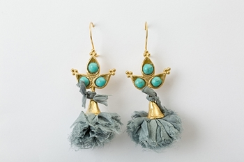 POMPON EARRING - TURQUOISE