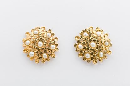 Picture of BLOSSOM EARRINGS- PEARL