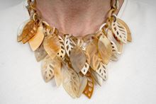 Picture of FOREST HORN NECKLACE - NATURAL