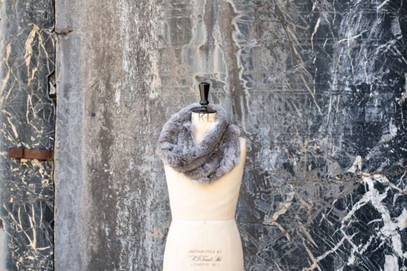 Picture of GREY RABBIT SNOOD