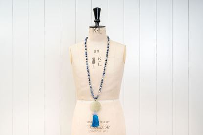 Foto de JADE LONG PENDANT - BLUE