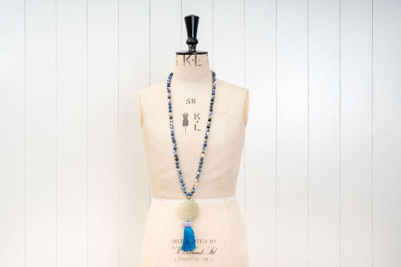 Picture of JADE LONG PENDANT - BLUE