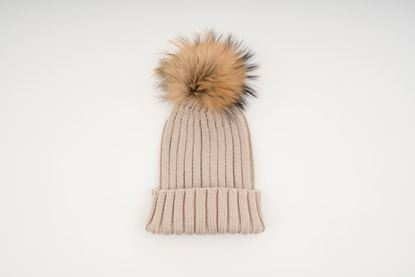 Picture of ADULT POMPON HAT - CREAM