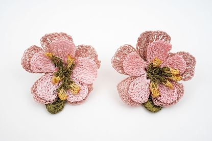 Picture of 50´s FLOWER EARRING - PALE PINK