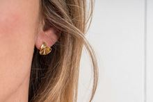 Picture of NENUFAR EARRING