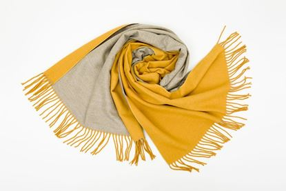 Foto de DOUBLE SIDED CASHMERE SCARF - YELLOW/GREY