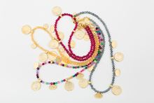 Picture of ORIENTAL SHORT NECKLACE - BURGUNDY