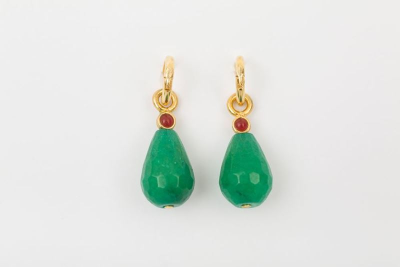 Picture of HOOP EARRING DROP - GREEN AND BURGUNDY