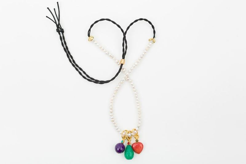 Picture of HOOP NECKLACE