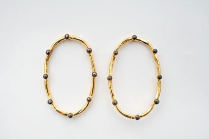 Picture of OVAL DOT EARRING