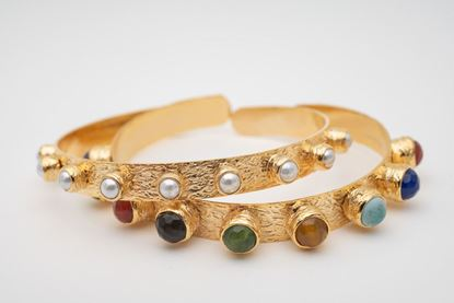 Foto de KATERINA' BANGLE SET - THIN PEARL & WIDE MULTICOLOR