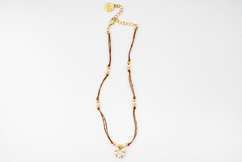 Picture of MINI FLOWER CORD NECKLACE - WHITE