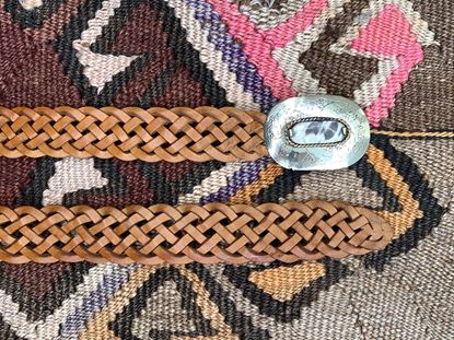 Foto de PLAITED CAMEL BELT