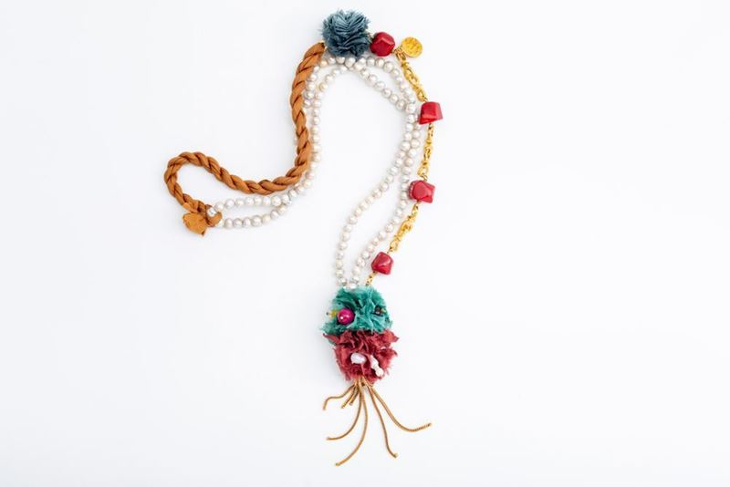 Picture of PEARLS LONG MIX NECKLACE CORAL