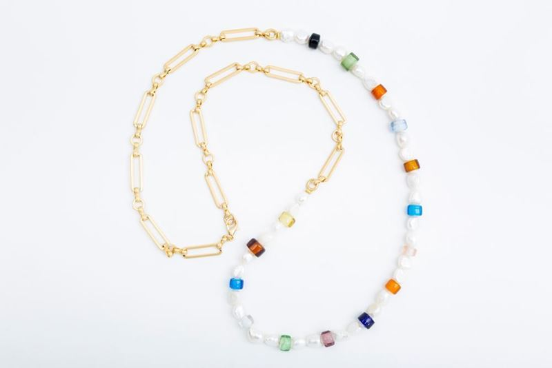 Picture of NEW LONG PANTONE NECKLACE