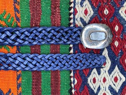 Foto de PLAITED BLUE BELT