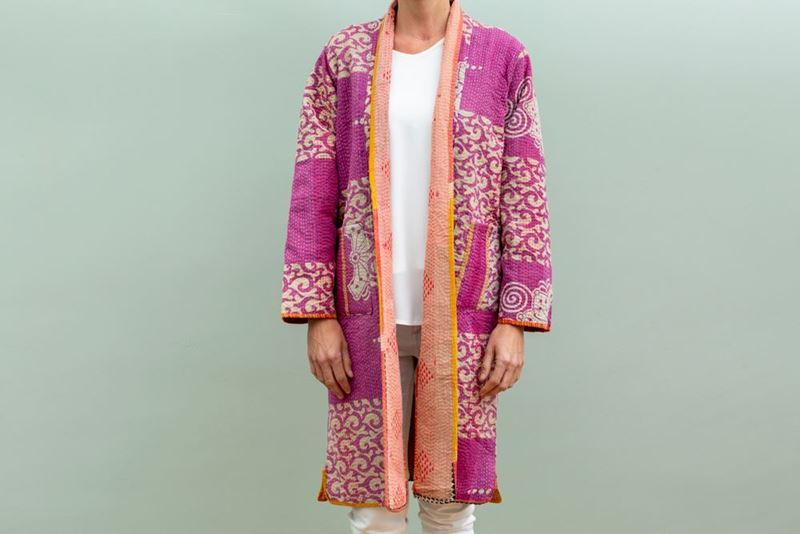 Foto de LONG REVERSIBLE GIPSY COAT 2